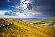 走进九色甘南-拉卜楞寺、麦积山石窟、桑科草原、扎尕那石城、花湖双飞7日游