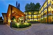 中山温泉宾馆自驾双人套餐:中心园高级房/亲水园榻榻米+双早+双人无限次温泉