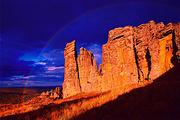 内蒙古:赤峰/玉龙沙湖/克什克腾石阵双卧五日游(体会浩瀚大漠 观赏石林景观 产品编号:130483)咨询热线:4008-902-291