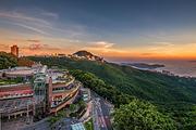 观光热点!香港澳门2天1晚▷太平山,蜡像馆,大三巴牌坊,威尼斯,赠送维港船票