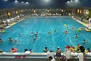 <沈阳到营口华庭温泉一日游>室内外温泉+泳池+当地海鲜自助大餐