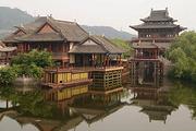 上海出发杭州千岛湖横店影城3日游(船游西湖、千岛湖中心湖区、东方好莱坞)