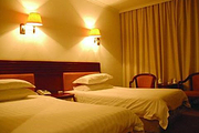海滨国家森林公园内入住日照林海宾馆1晚+自选日照海滨国家森林公园,酒店免费停车