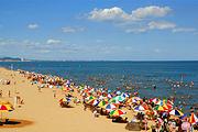 <南北戴河火车2日游>金沙湾沙雕海洋乐园+鸽子窝公园  体验帆船出海观光