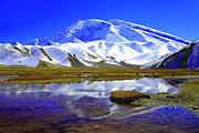南疆异域风情温宿大峡谷千佛洞、沙漠公路、卡拉库里湖、帕米尔高原双飞6日游