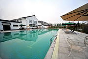 老子山钟山温泉度假酒店温馨家庭别墅+私密温泉泡池+4张露天温泉