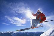 莲花山滑雪直通车一日游,全天滑雪含雪具,含大门票,导游带队送保险