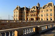 城堡探秘蓬莱文成城堡豪华海景房+文成城堡票2张+2瓶红酒