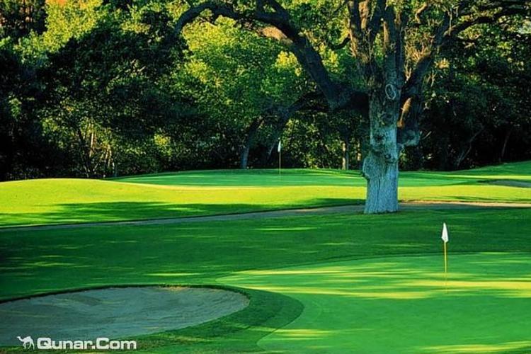玉龙雪山国际高尔夫俱乐部旅游