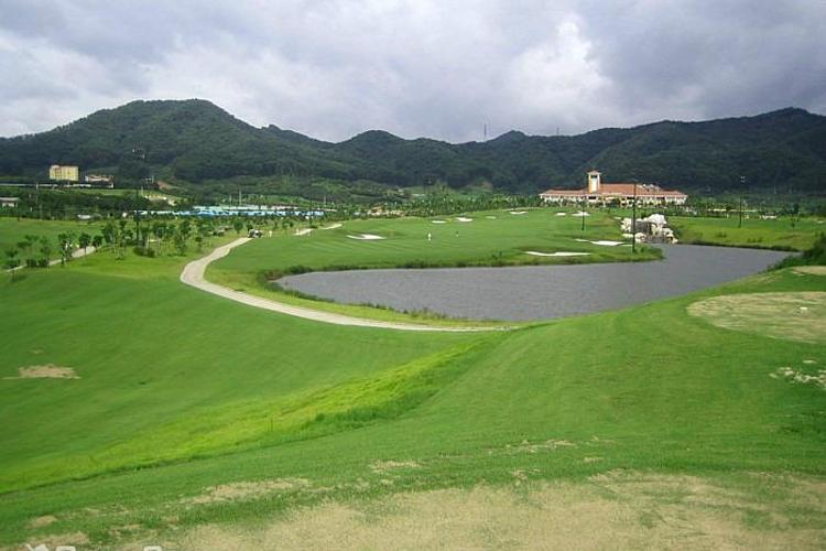 深圳光明高尔夫球会旅游