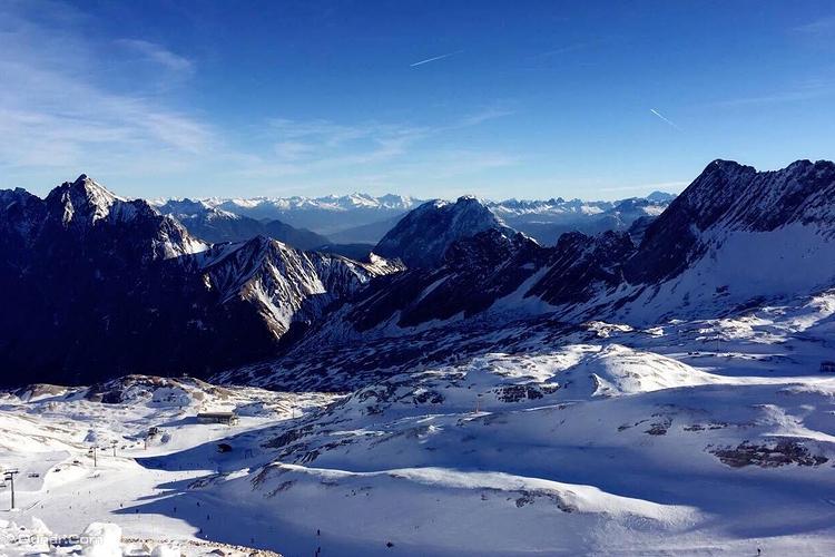 楚格峰旅游