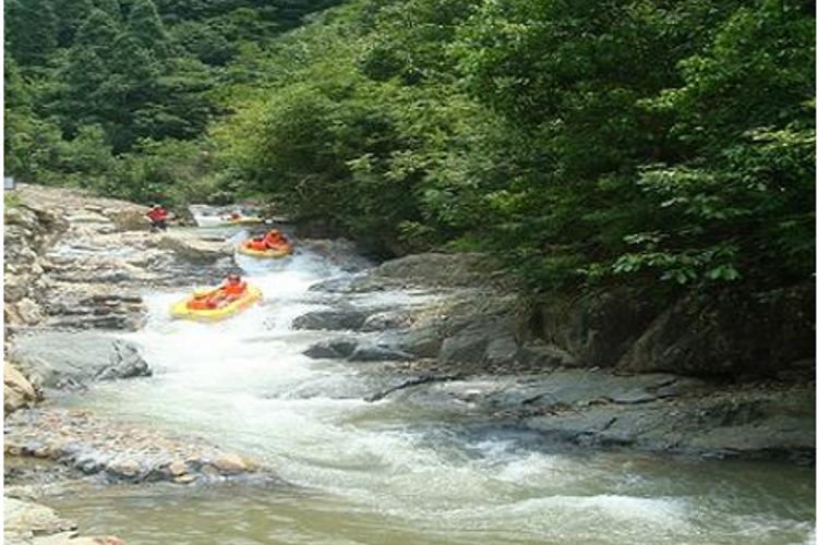 千岛湖龙潭峡谷漂流旅游