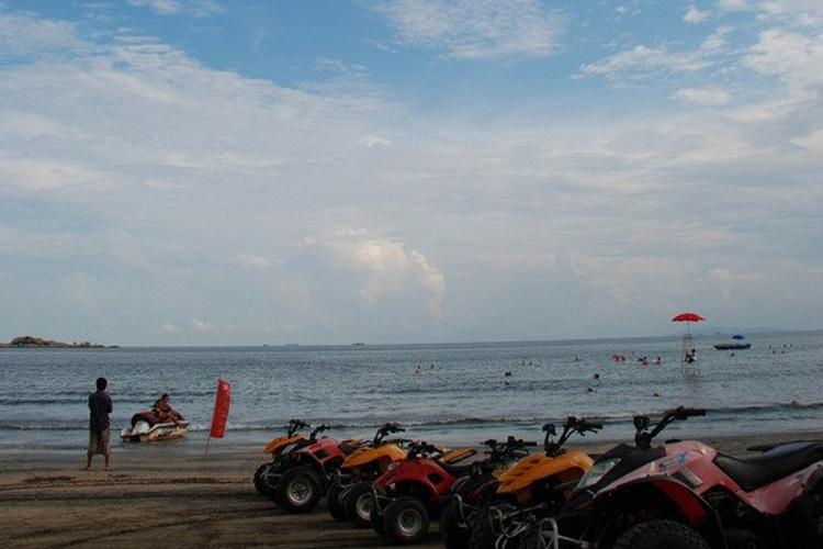 黑沙湾海浴场旅游