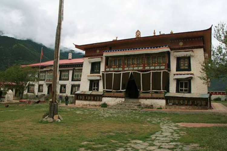 德木寺遗址旅游