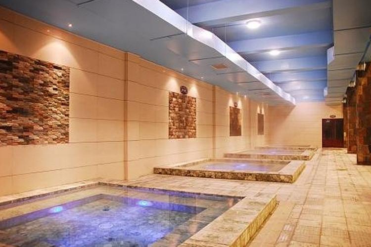 三仙山温泉游泳馆旅游