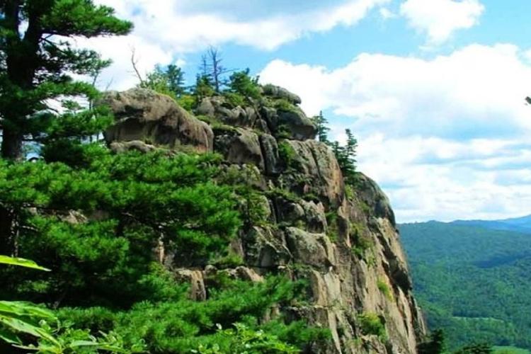 悬羊峰国家地质公园旅游