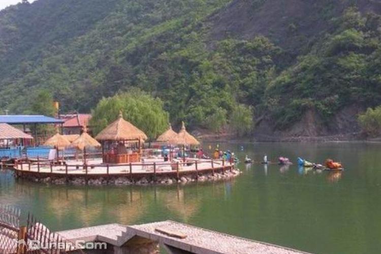 龙泉山游乐园旅游