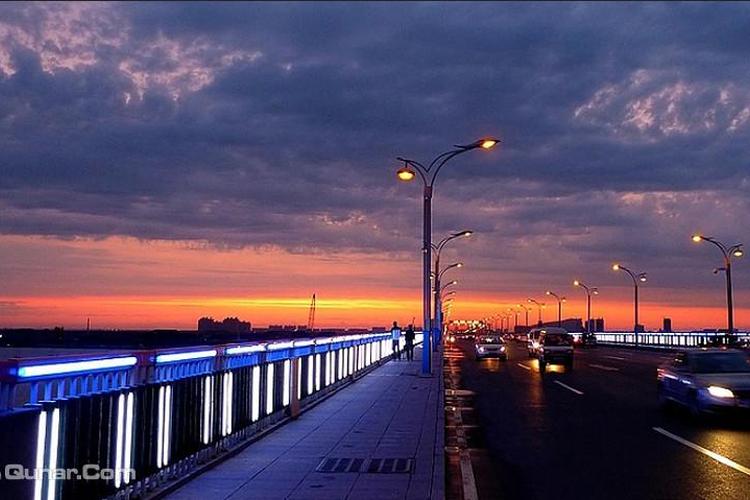 松花江公路大桥旅游