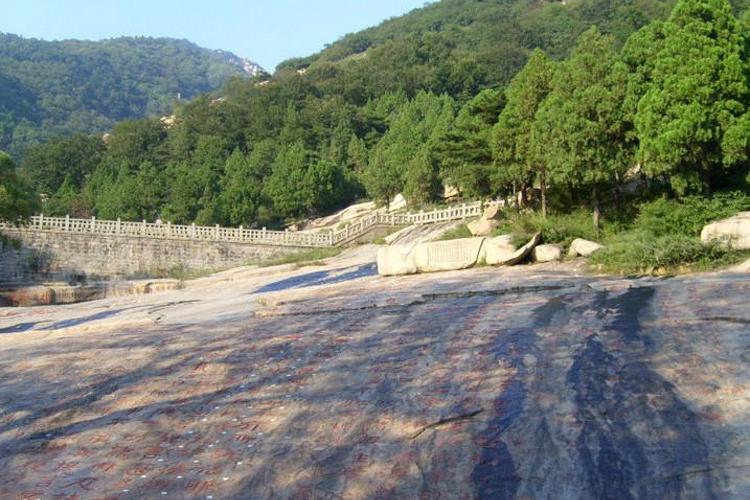经石峪旅游