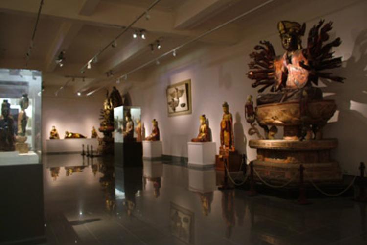 越南美术博物馆旅游