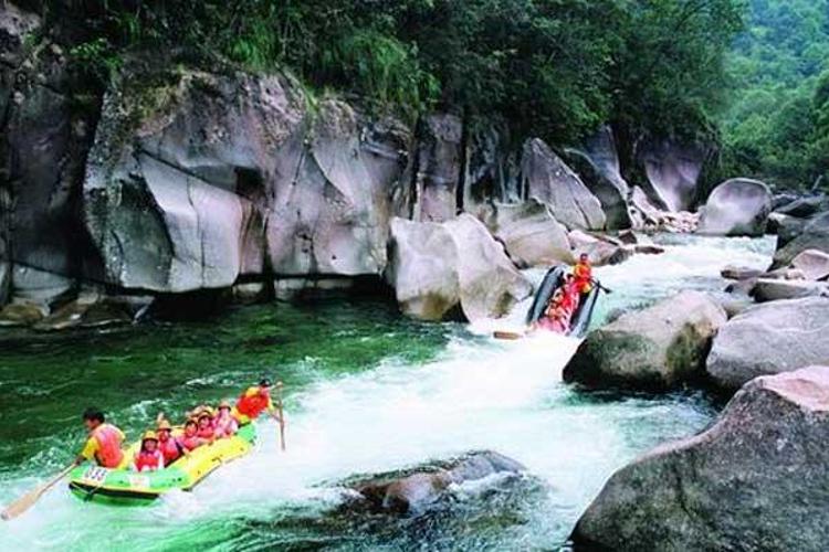 崇阳溪漂流旅游