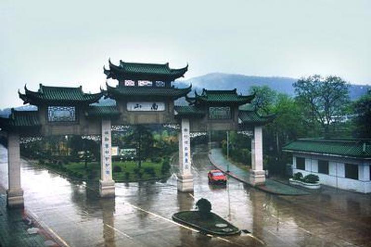 镇江南郊风景区旅游