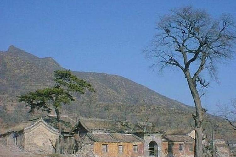 灵岳寺旅游