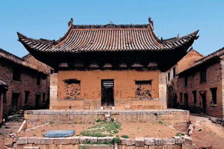 龙岩寺旅游