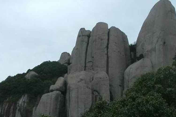 三都一屏岩旅游