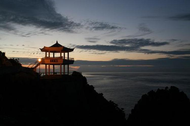巨文岛旅游