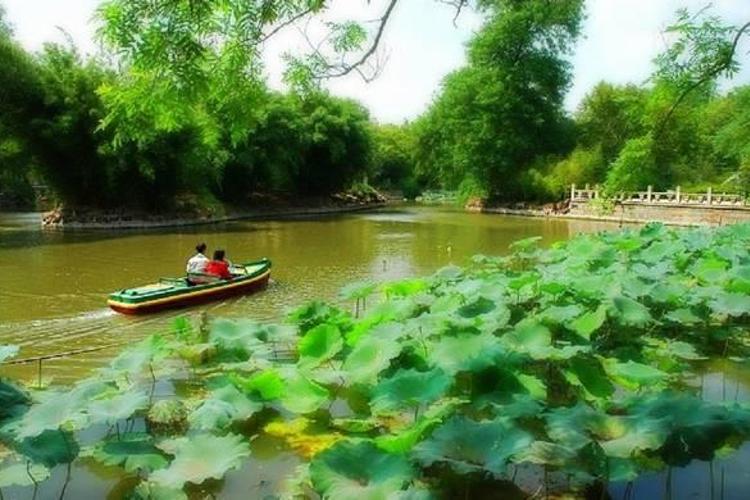 鸳鸯湖旅游