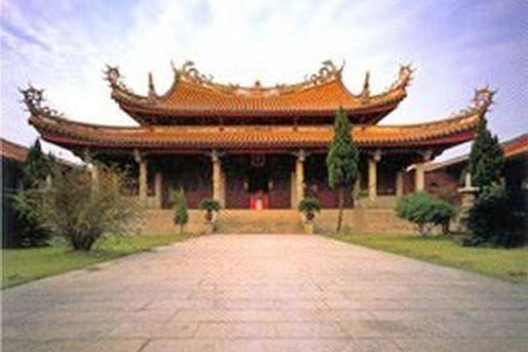 龙山寺旅游