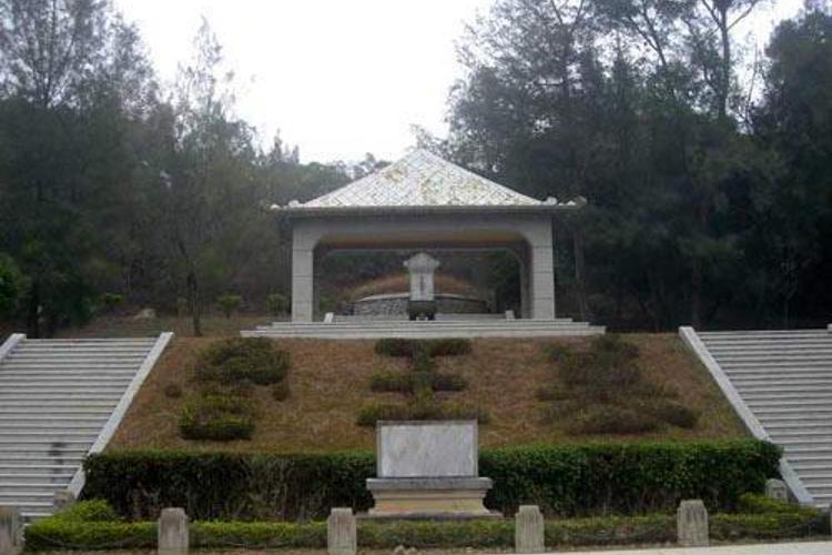 汉鲁王墓旅游