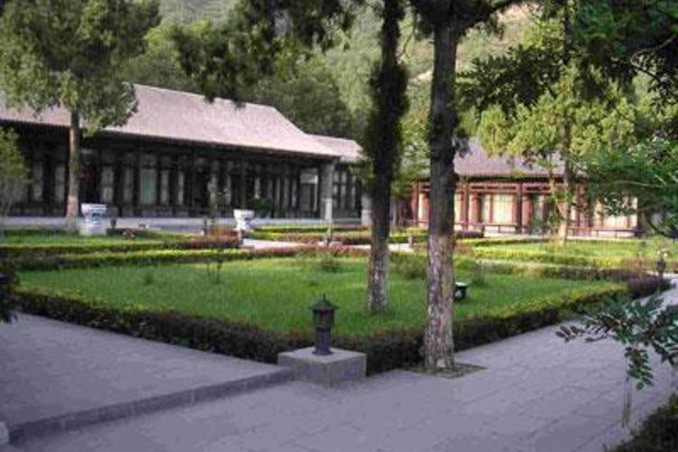 西峰寺旅游