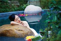 <双皇冠卖家>梅州丰顺宝丰温泉酒店-高级大床房两天游!含2人早餐+单次温泉