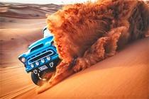 悍马冲沙(包车1-6人)迪拜沙漠冲沙 送篝火舞宴烧烤晚餐 迪拜市内酒店接送