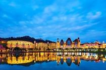 <双皇冠卖家>2人无限次温泉+早餐!河源巴伐利亚庄园澳斯特菩提酒店舒适双床房