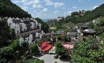梅州客天下国际大酒店-高级房/别墅房两天游!含2人早餐+客天下景区门票
