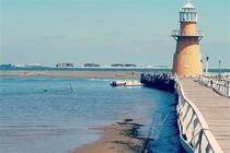 月坨岛浪漫出行闻涛阁别墅,含早餐+往返船票2张,来月坨岛感受大海的浪漫吧