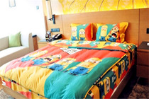 亲子之旅1晚黄石托尼洛兰博基尼酒店小黄人主题房+早+儿童西餐厅烘焙+零食