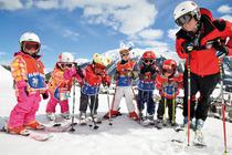 神农架国际滑雪场、赠送情人泉、昭君村二日游 东站接送 赠送暖宝宝 品质出行