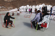 承德峡谷水乡冰雪世界冬季1日游