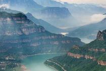 安阳+中国文字博物馆+红旗渠+青年洞+太行大峡谷4天3晚豪华康养品质游