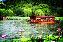 北京出发杭州+横店3日2晚 西湖、灵隐寺、横店影视城、邂逅明星、轻松游