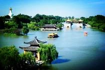 南通出发<南京中山陵-夫子庙-扬州瘦西湖-大明寺-何园2日游>动车往返