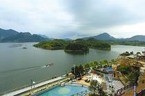 信阳茗阳汤泉国际旅游度假会议中心酒店!湖景房 含2人自助早餐+温泉门票