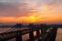 丹东一日游 新义州边境一日 朝鲜一日 丹东边境内河一日游 丹东河口断桥