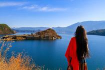 最美泸沽湖2日游|0购物0自费|海景阳台房|深度环湖|摩梭走婚宴|猪槽船登岛