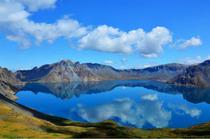 吉林、长白山、地下森林、镜泊湖、吊水楼瀑布、朝鲜民俗村、关东文化园双卧5日游