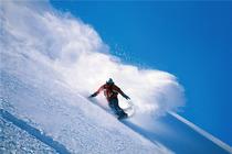 石家庄周边的滑雪场 西柏坡温泉滑雪场特价一日游!平时、周末全天不限时滑雪!